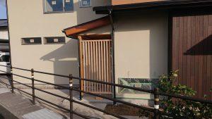 リノベーションモデルハウス2号店 玄関ポーチ 和室ウッドパネル