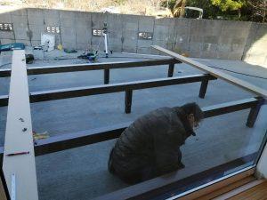 一の谷モデルハウス ウッドデッキ施工中です