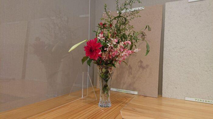 お客様からお花をいただきました
